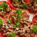 Оригинальная закуска на помидорах