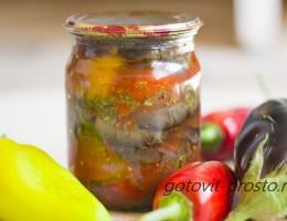 Баклажаны с перцем и помидорами на зиму – секрет приготовления